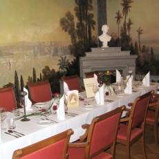 Stilvolles Bankett in Schloss Albrechtsberg